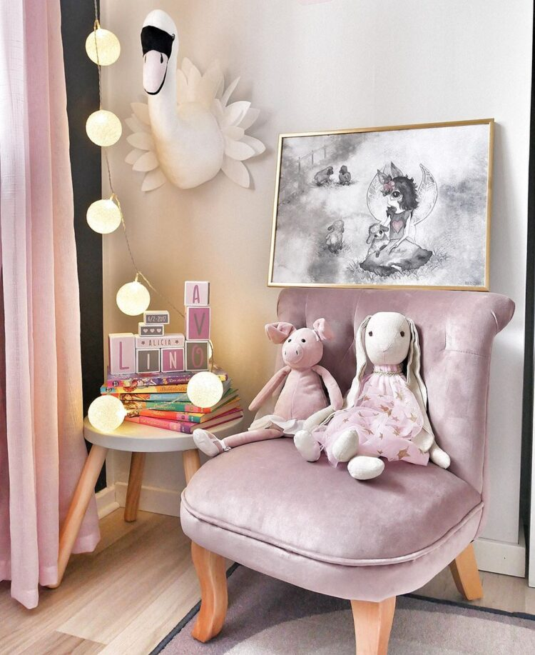the Sheep Girl in golden frame leaning on velour armchair. By @mariagarciacarrasco.